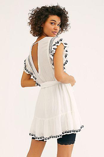 8516e29f688c White Dresses   Little White Dresses