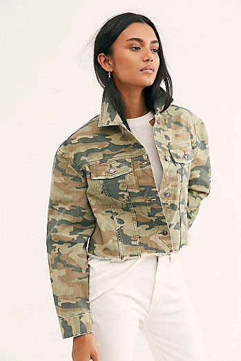 Camo Printed Cropped Denim Jacket