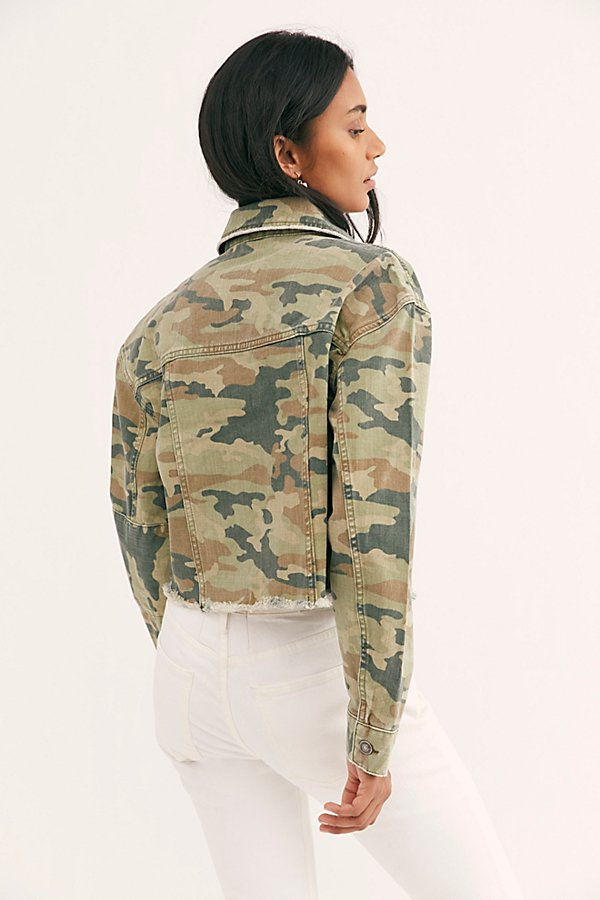 Slide View 2: Camo Printed Cropped Denim Jacket