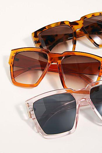 1f020e5cede7 Holiday In The Sun Square Sunglasses