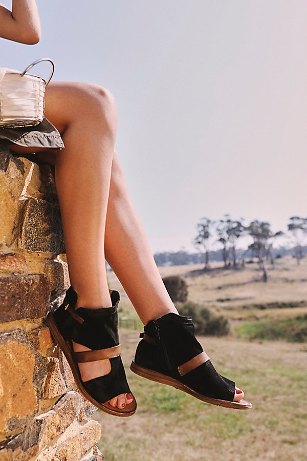 Slide View 1: Tulum Boot Sandal