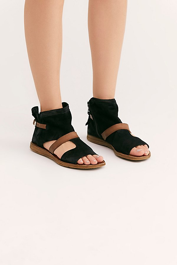 Slide View 2: Tulum Boot Sandal
