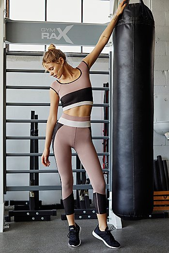 High-Rise 3/4 Length Seamless Block Party Legging
