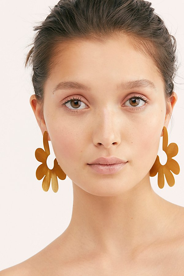 Slide View 1: Daisy Garden Hoop Earrings