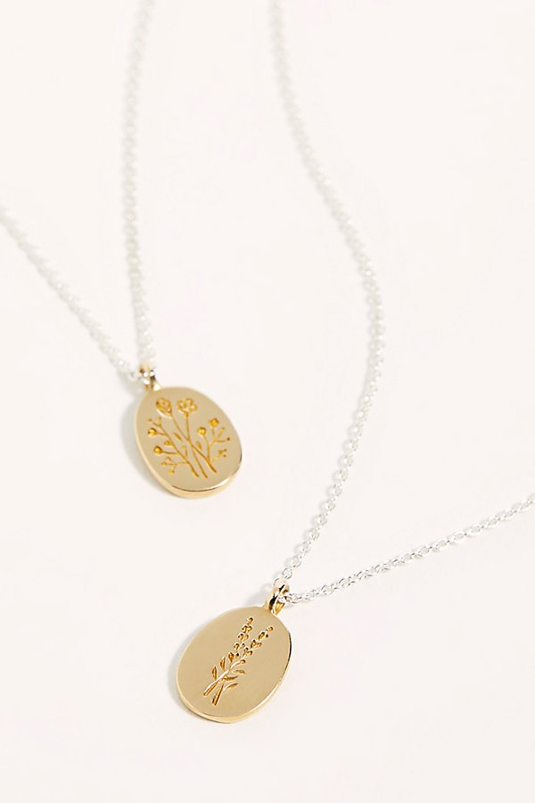Slide View 1: Botanical Engraved Pendant Necklace