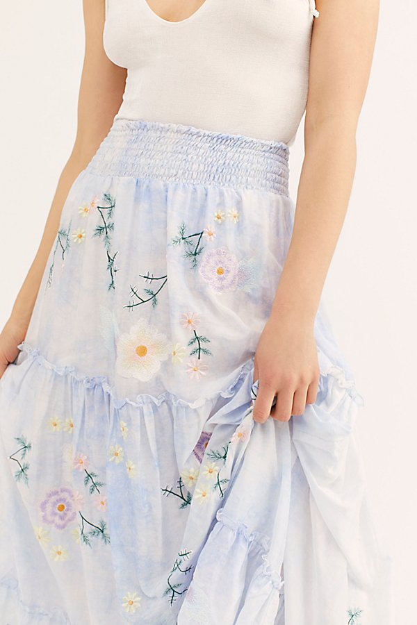Slide View 3: Daisy Island Maxi Skirt