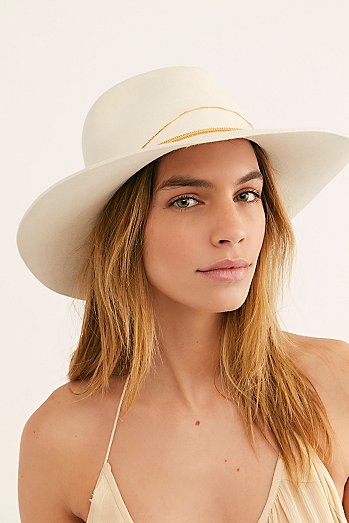 Dafne Gold Felt Hat