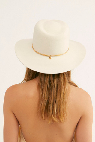 Dafne Gold Felt Hat by Van Palma