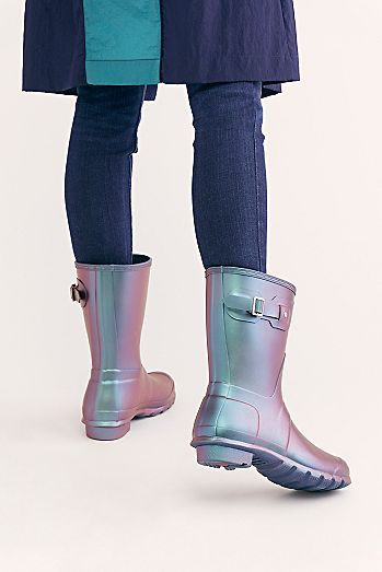 545062485b0 Fashionable Boots for Women