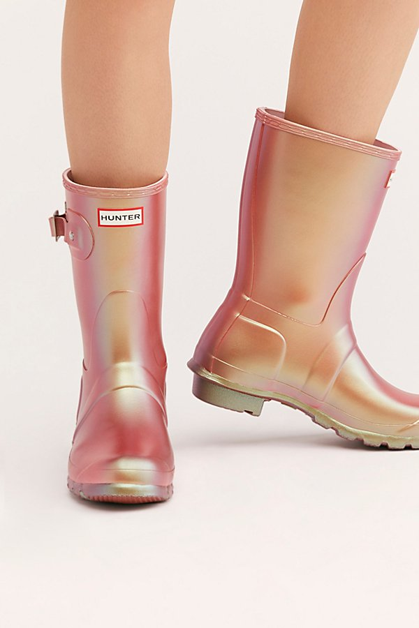 Slide View 3: Hunter Short Nebula Wellies