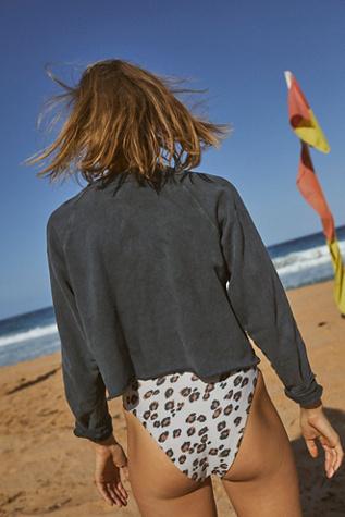 Aloha Pullover by Retro Brand Black Label