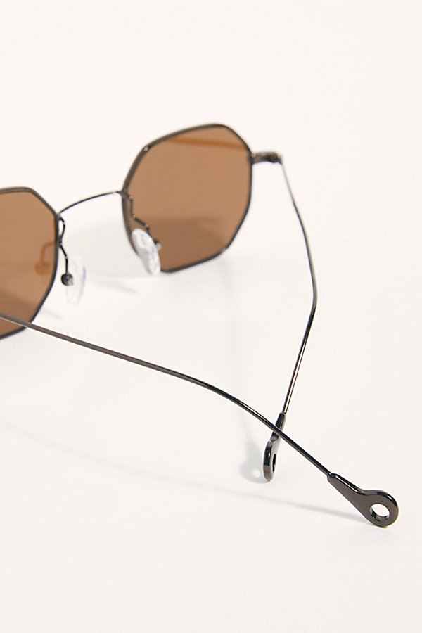 Slide View 4: Madison Octagon Sunglasses