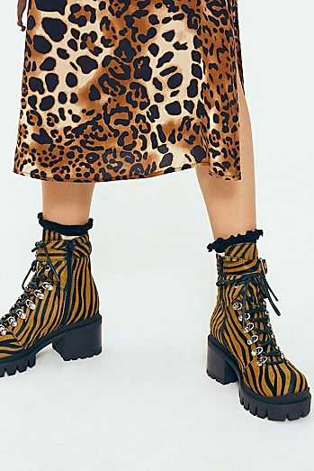 4d628547 Fashionable Boots for Women | Leather, Suede & More | Free People