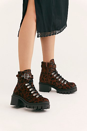 Printed Check Lace-Up Boot