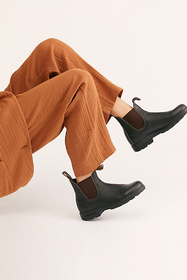 Slide View 1: Blundstone 500 Chelsea Boots