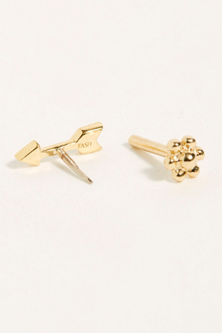 7.5mm Diamond Arrow Threader Single Earring by Maria Tash