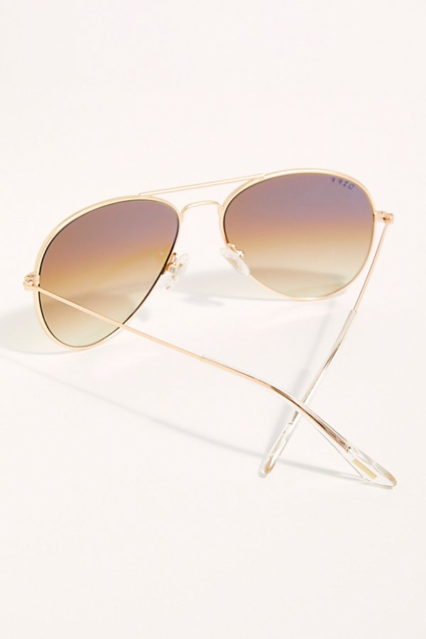 Slide View 3: Cruz Aviator Sunglasses