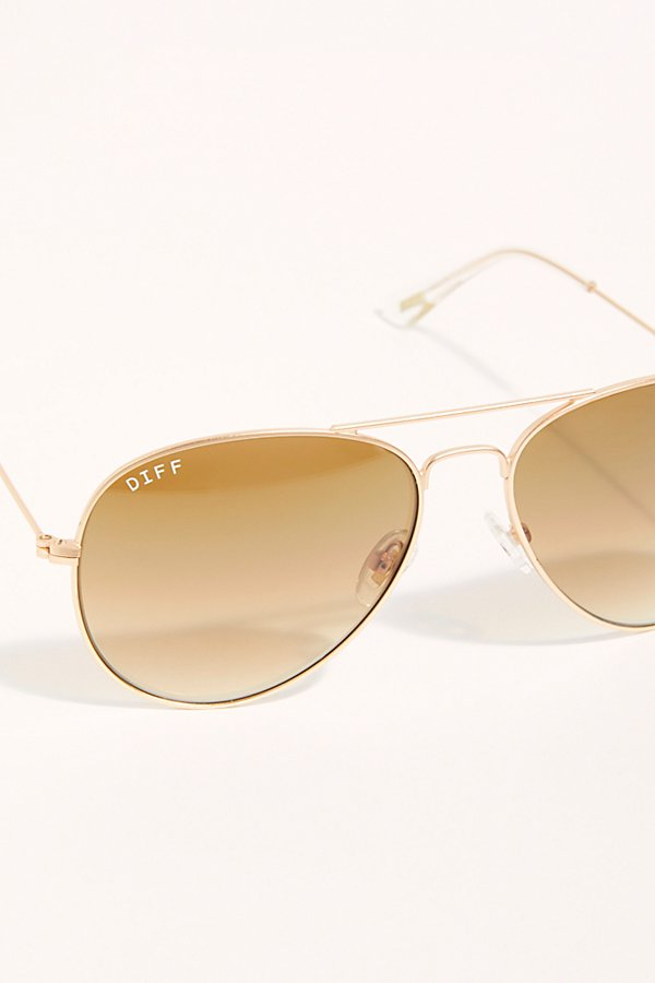 Slide View 4: Cruz Aviator Sunglasses