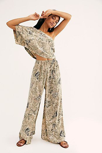 ec2770c72283 Shop Floral Dresses & Printed Dresses | Free People