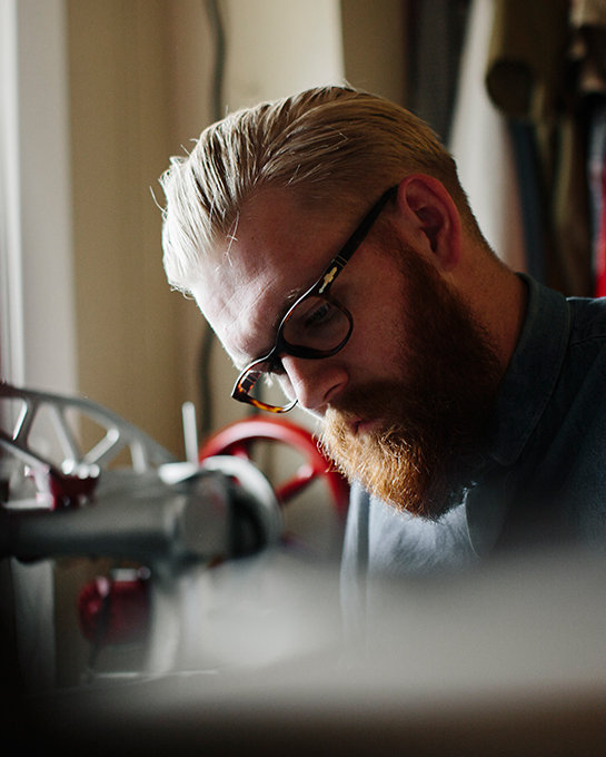 eyeglasses-working