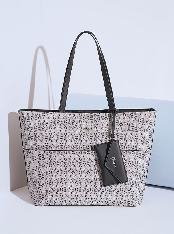 Bluffington Large Logo Tote  cbe0060110632