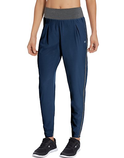 Champion M50145  Women's Destination Woven Jogger Pants