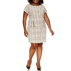 Sharagano Short Sleeve Textured Knit Sheath Dress-Plus
