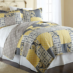 Pacific Coast Textiles Aalia Reversible Quilt Set