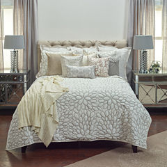 Rizzy Home Petal Quilt