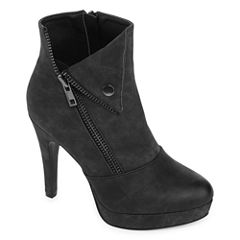2 Lips Too Snapped Womens Bootie Wide