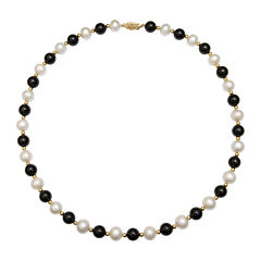 Cultured Freshwater Pearl & Dyed Onyx 10K Yellow Gold Necklace