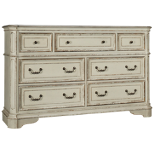 Liberty Furniture Magnolia Manor 7 Drawer Dresser