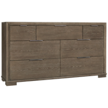 Riverside Remington 7 Drawer Dresser