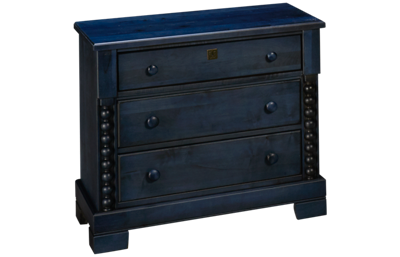 Vaughan-Bassett Scotsman 3 Drawer Nightstand