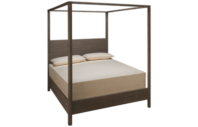 Universal Spaces Queen Graham Poster Bed