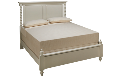 Vaughan-Bassett Scotsman Queen Panel Bobbin Bed