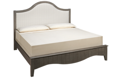 Vaughan-Bassett Casual Retreat King Upholstered Bed