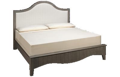Vaughan-Bassett Casual Retreat King Upholstered Bed