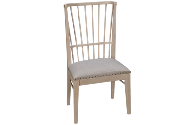 Universal Cottage Windsor Chair