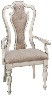Liberty Furniture Magnolia Manor Splat Back Arm Chair