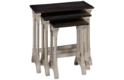 Sunny Designs Carriage House Nesting Table Set