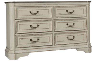 Liberty Furniture Magnolia Manor 6 Drawer Dresser