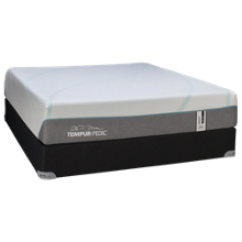 Tempur-Pedic® TEMPUR-Adapt® Medium Hybrid Mattress