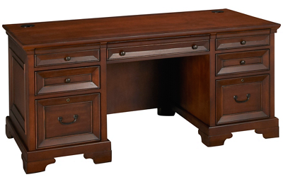 Aspen Richmond Executive Desk