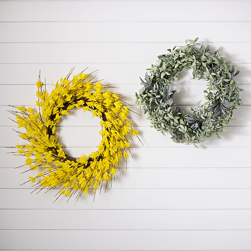 Wreaths Up to 50% Off