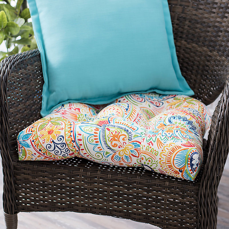 Outdoor Cushions 25% Off with code