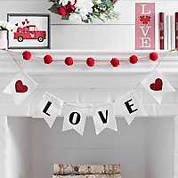 Love Pom Pom Valentine's Banner