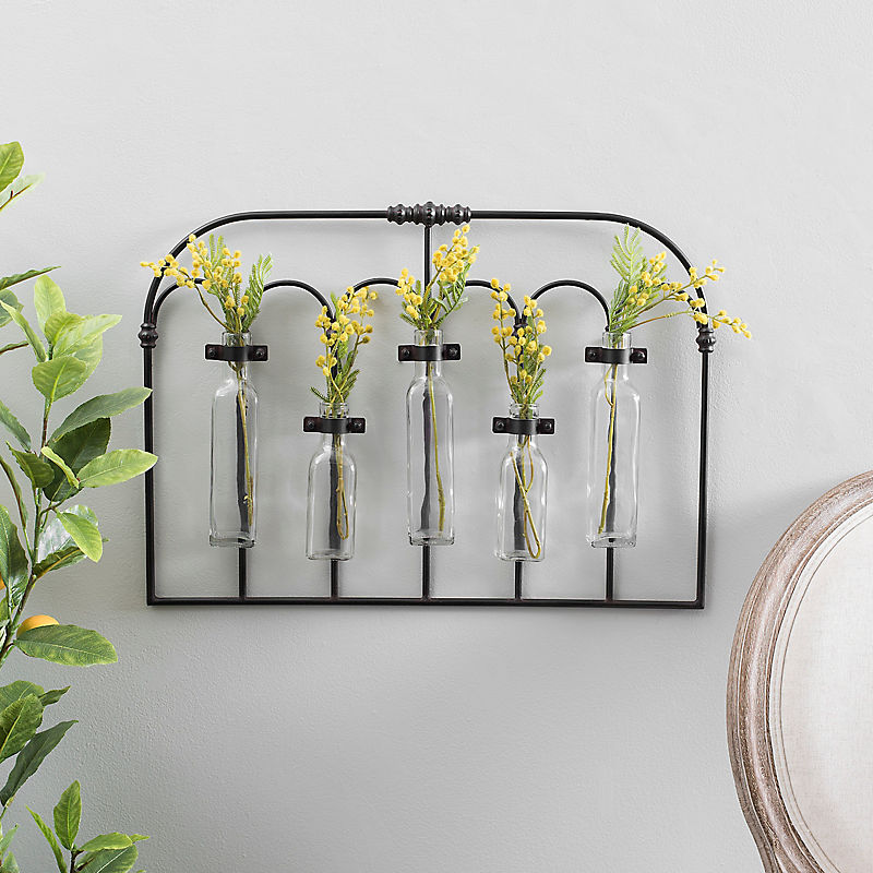 Arched Iron Bud Vase Wall Runner