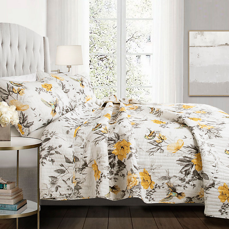 Yellow Penrose Floral 3-Piece Quilt Set