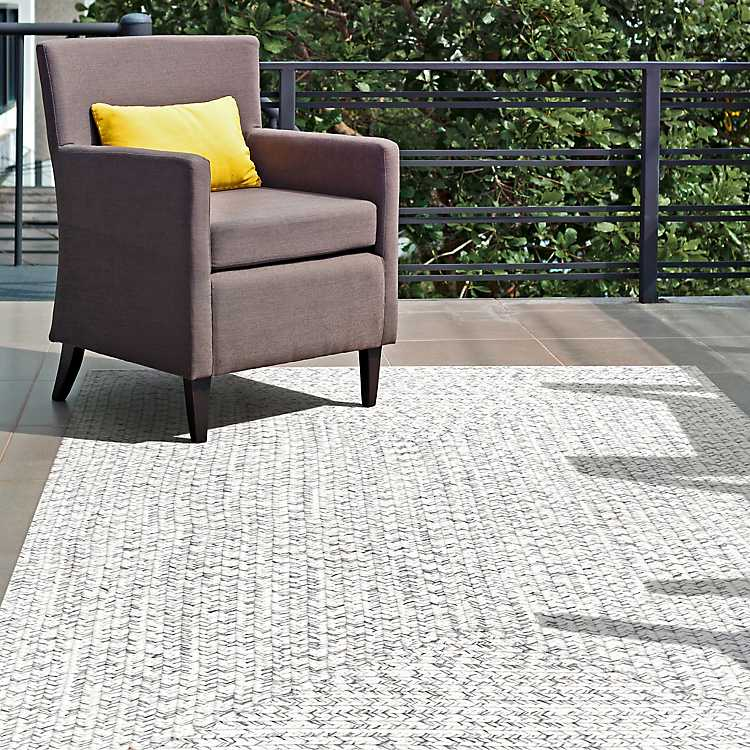 Braided Leah Indoor Outdoor Area Rug